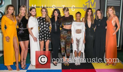Gigi Hadid, Actress Serayah, Martha Hunt, Hailee Steinfeld, Cara Delevingne, Gomez, Taylor Swift, Mariska Hargitay, Lily Aldridge and Karlie Kloss 1