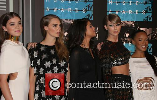Hailee Steinfeld, Cara Delevingne, Selena Gomez, Taylor Swift and Serayah 2
