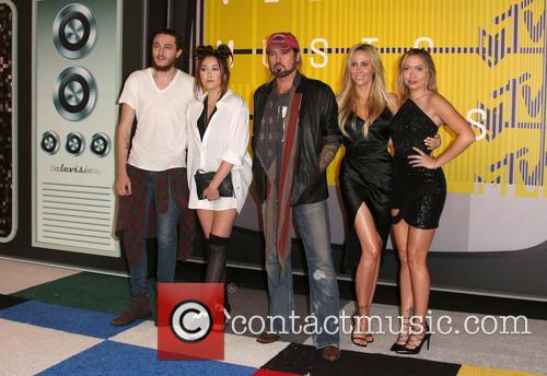 Braison Cyrus, Noah Cyrus, Billy Ray Cryus, Tish Cyrus and Brandi Cyrus 6