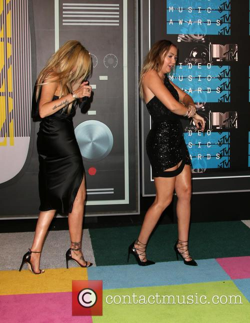 Tish Cyrus and Brandi Cyrus 2