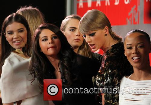 Hailee Steinfeld, Selena Gomez, Cara Delevingne and Taylor Swift 2