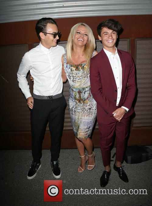 Brandon Thomas Lee, Pamela Anderson and Dylan Jagger Lee 6