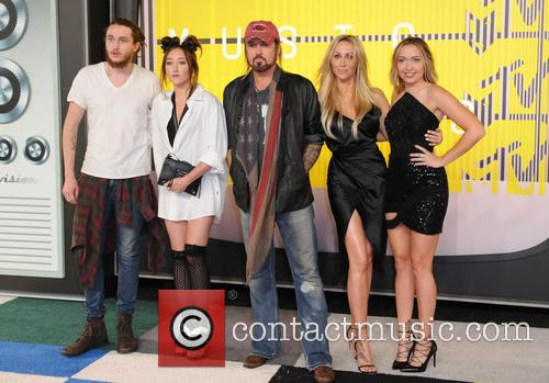 Braison Cyrus, Tish Cyrus, Billy Ray Cyrus, Noah Cyrus and Brandi Cyrus 1