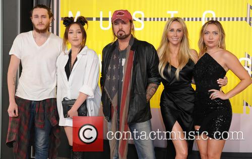 Braison Cyrus, Tish Cyrus, Billy Ray Cyrus, Noah Cyrus and Brandi Cyrus 2