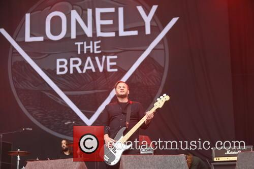 Lonely The Brave 6
