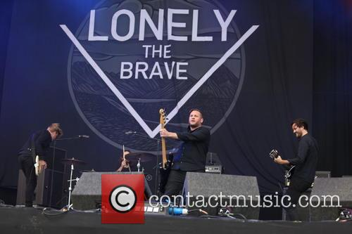 Lonely The Brave 9