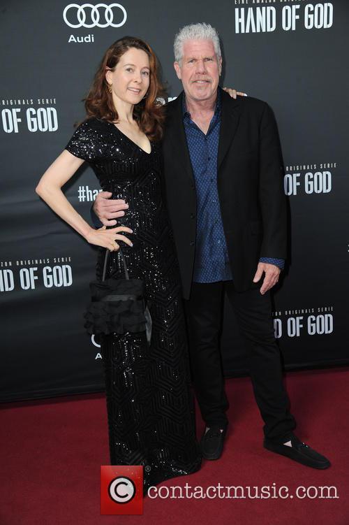 Linda Gegusch and Ron Perlman 2