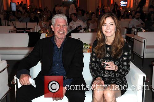 Ron Perlman and Dana Delany 3