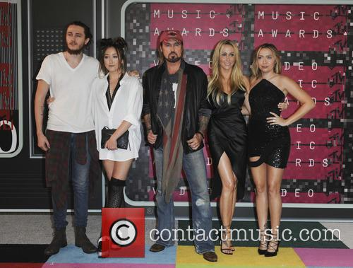 Braison Cyrus, Tish Cyrus, Noah Cyrus, Billy Ray Cyrus and Brandi Glenn Cyrus 1