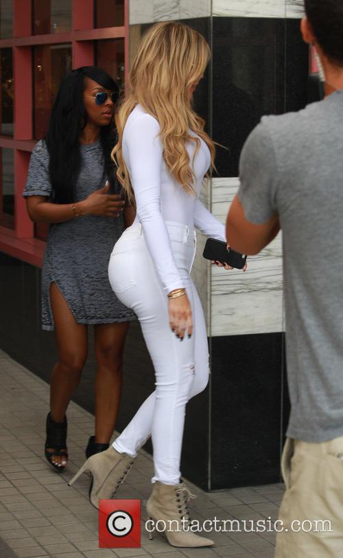 Khole Kardashian 5