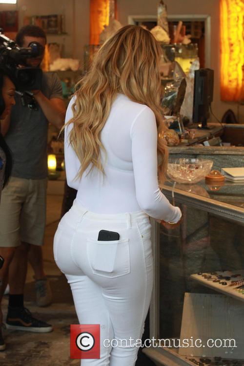 Khole Kardashian 9