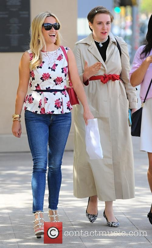 Reese Witherspoon and Lena Dunham 3