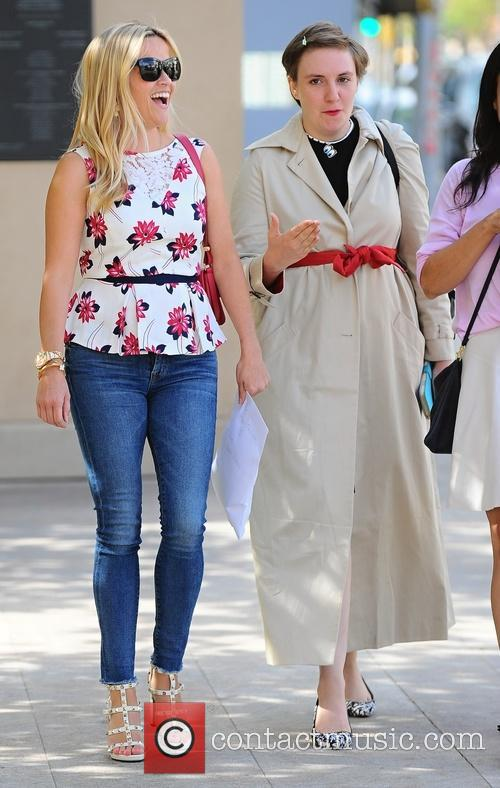 Reese Witherspoon and Lena Dunham 4