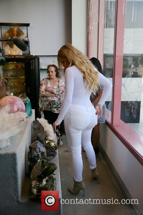 Khloe Kardashian 9