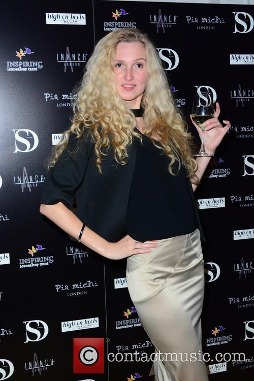 Tamara Dumas 4