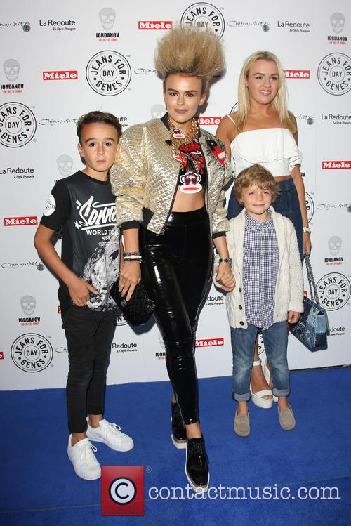 Tallia Storm, Brother and Sister 1