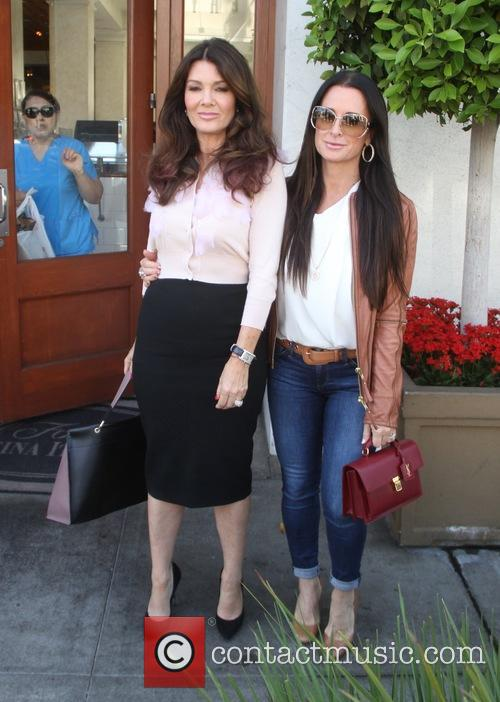 Lisa Vanderpump and Kyle Richards 5