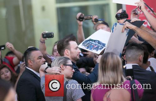 Chris Evans and Fans 3