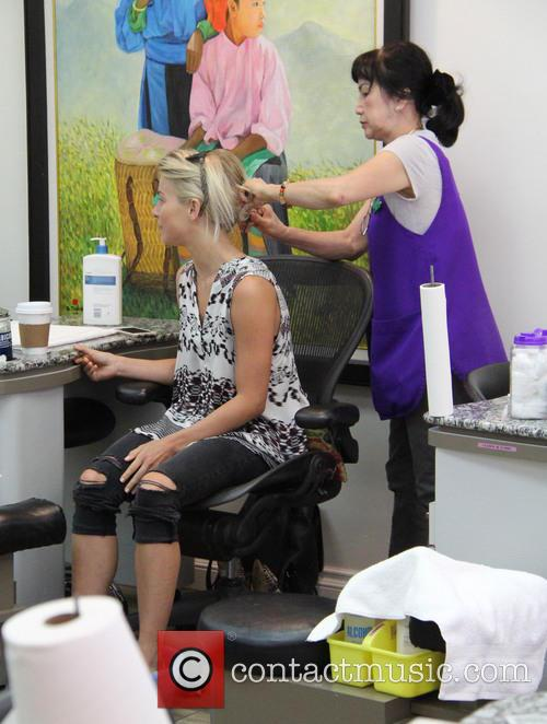 Julianne Hough visits a beauty salon