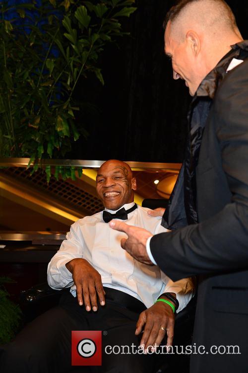 Mike Tyson and Wladimir Klitschko 1