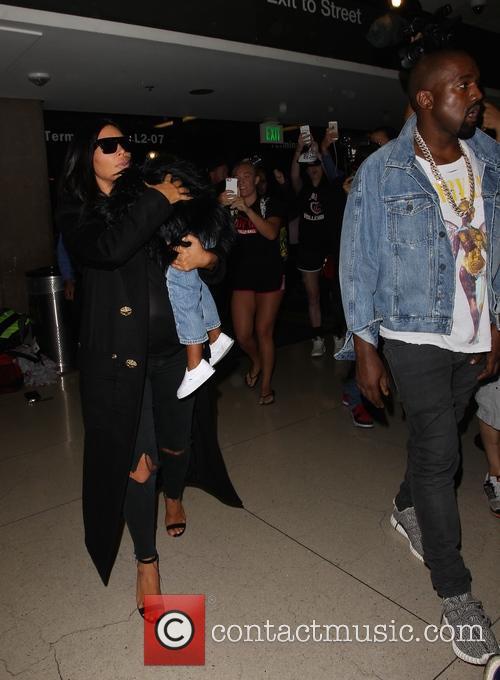 Kim Kardashian, Kanye West and North West 6