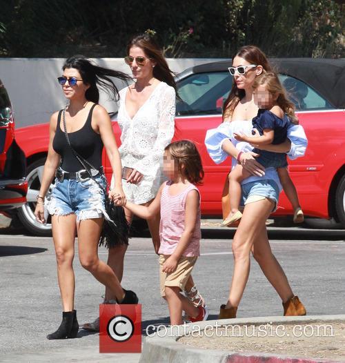 Kourtney Kardashian, Mason Dash Disick and Penelope Scotland Disick 3