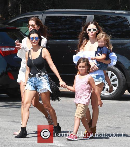 Kourtney Kardashian, Mason Dash Disick and Penelope Scotland Disick 5