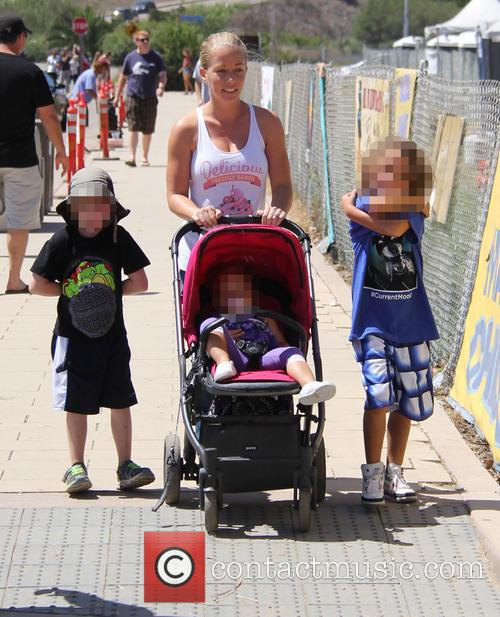 Kendra Wilkinson, Hank Baskett Iv and Alijah Mary Baskett 4