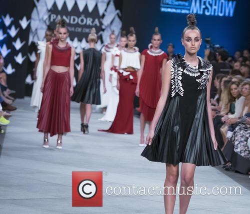 Mercedes Benz Fashion Week, Madrid, Lorena, Dios and Catwalk 5