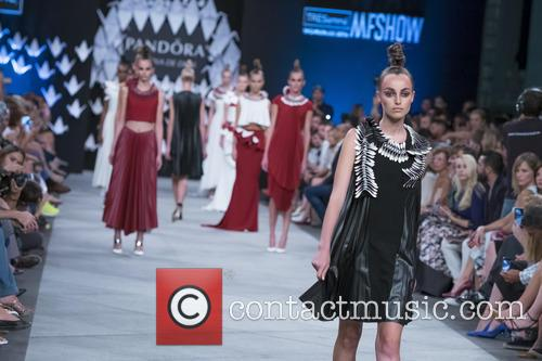 Mercedes Benz Fashion Week, Madrid, Lorena, Dios and Catwalk 6