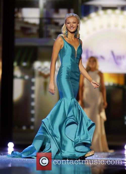 Miss Nebraska Alyssa Howell 1