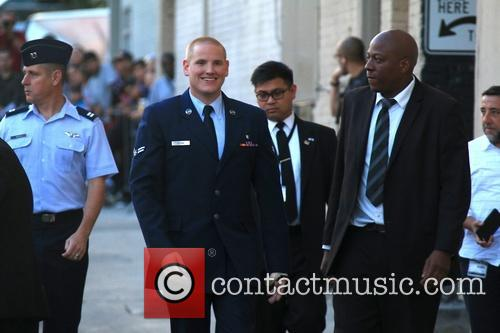 Jimmy Kimmel and Us Airman Spencer Stone 7