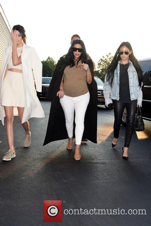 Kendall Jenner and Kim Khardashian 1