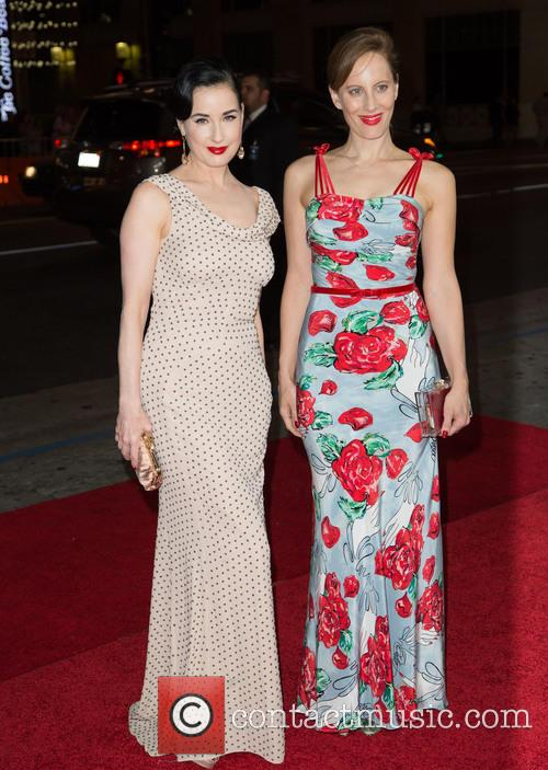 Dita Von Teese and Liz Goldwyn 1