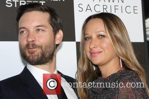 Tobey Maguire and Jennifer Meyer 1