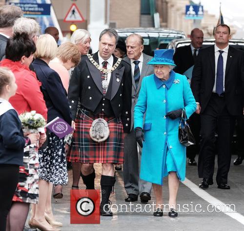The Rt. Hon. Donald Wilson, Queen Elizabeth Ii and The Duke Of Edinburgh 2