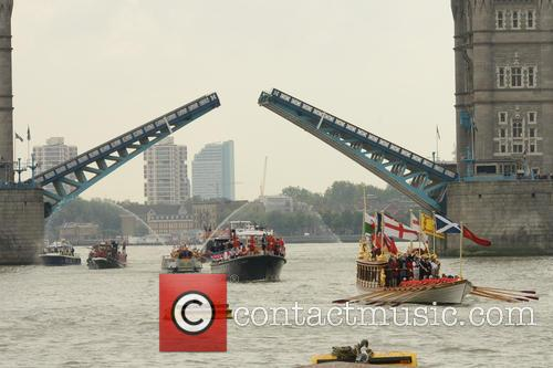 River Thames Flotilla and Atmosphere 2