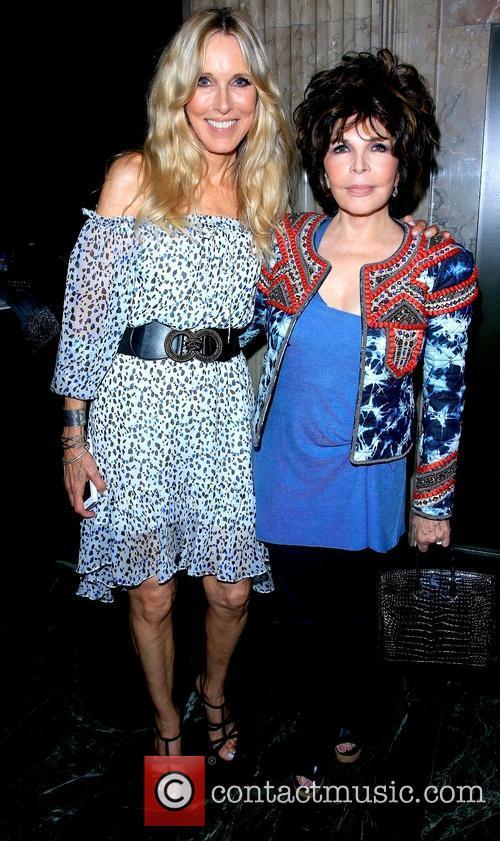 Alana Stewart and Carole 3