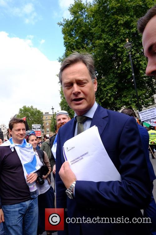 Atmosphere and Matthew Offord Mp 1