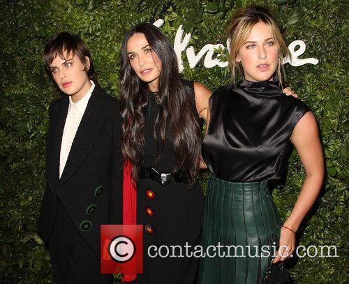 Tallulah Willis, Demi Moore and Scout Willis 2