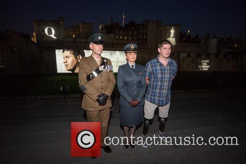 Sargeant James Davies, Carol Vorderman and Lance Corporal Scott Yarrington 4