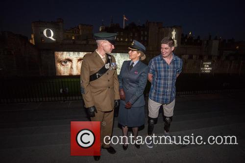 Sargeant James Davies, Carol Vorderman and Lance Corporal Scott Yarrington 5