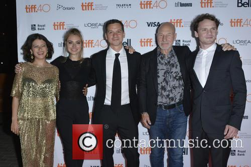 Alia Shawkat, Imogen Poots, Jeremy Saulnier, Patrick Stewart and Anton Yelchin 1