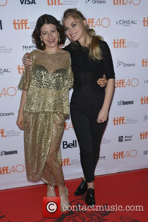 Alia Shawkat and Imogen Poots 2