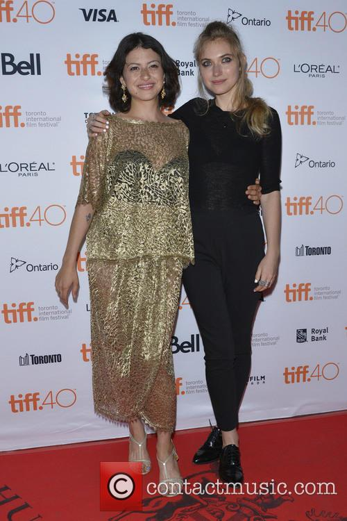 Alia Shawkat and Imogen Poots 3