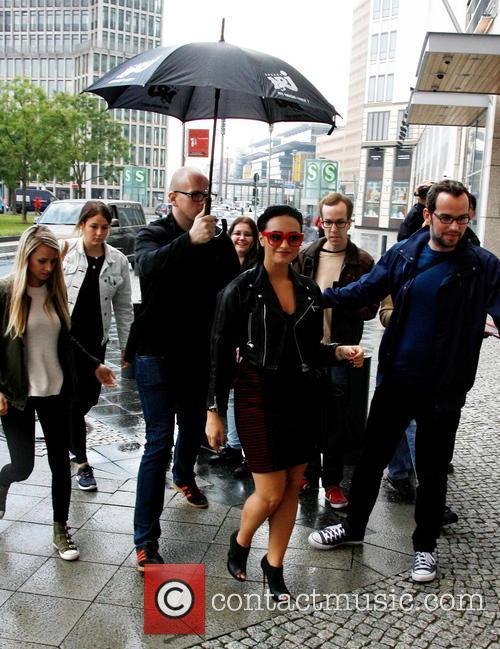 Demi Lovato besucht Radio Energy Berlin