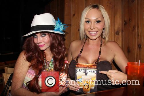 Phoebe Price and Mary Carey 3