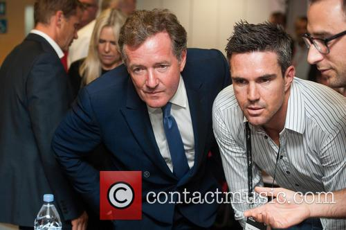 kevin Pietersen and Piers Morgan 3