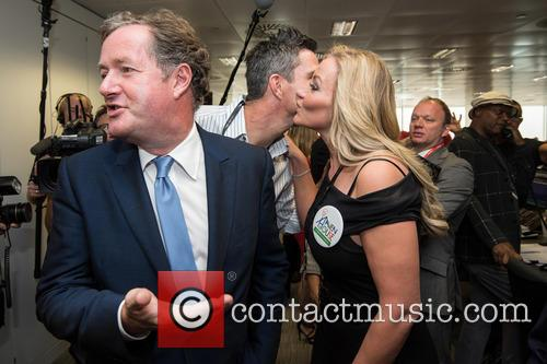 kevin Pietersen, Piers Morgan and Michelle Mone 3
