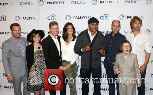 Chris O'donnell, Renée Felice Smith, Barrett Foa, Ll Cool J, Miguel Ferrer, Shane Brennan, Daniela Ruah, Eric Christian Olsen and Linda Hunt 6